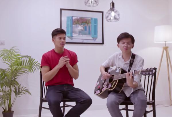 Tham gia chương trình, Thanh Hải còn lần đầu song ca ca khúc Con đường tôi - ca khúc hit của Trọng Hiếu.