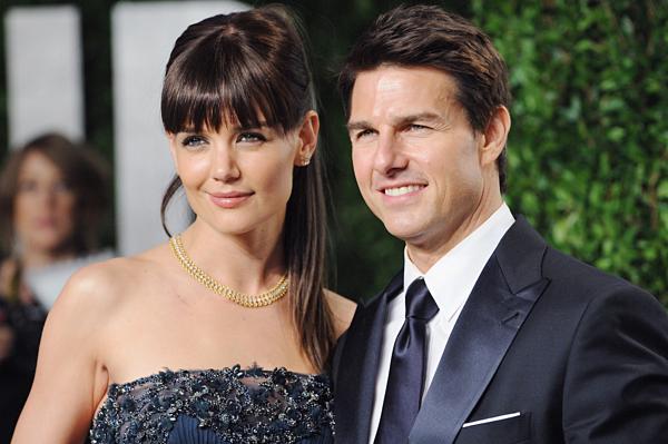 Tom Cruise và Katie Holmes.