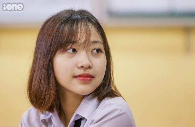 <p> Bạn Thu Trang dự thi ở THPT Hiệp Bình, Thủ Đức. Ảnh: <em>Quỳnh Nguyễn.</em></p>