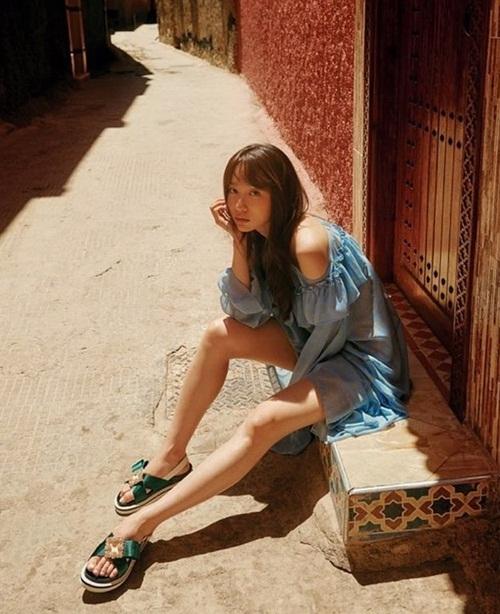 Hani mặc gợi cảm trong bộ ảnh chụp ở Morocco.