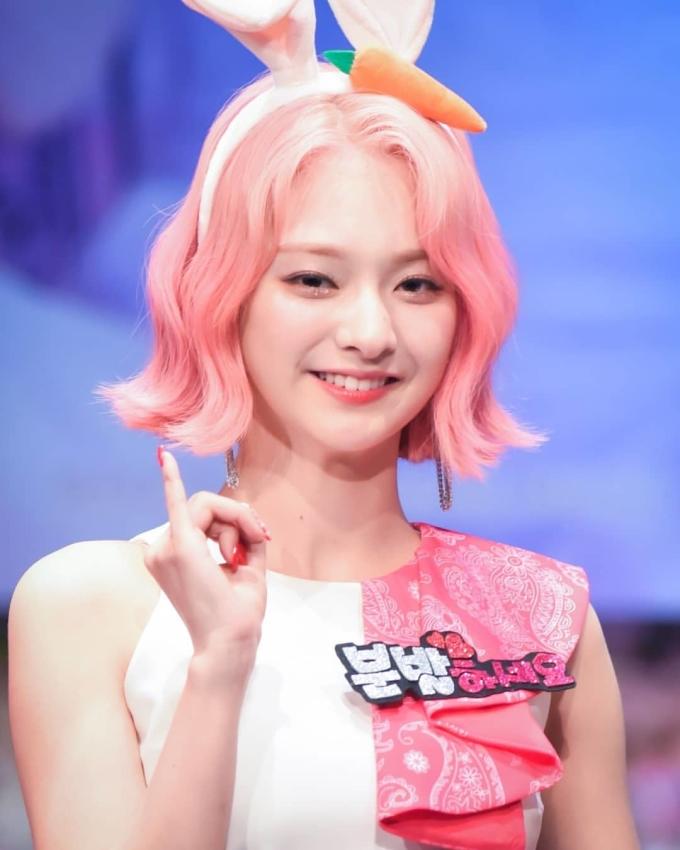 <p> Na Kyung (fromis_9) có hình tượng gần gũi, đáng yêu.</p>