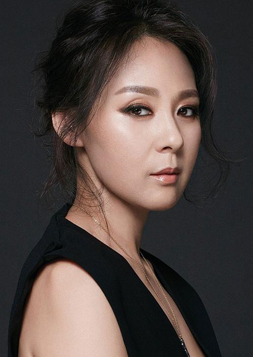 Jeon Mi Seon là diễn viên gạo cội, đạt nhiều giải thưởng về diễn xuất.
