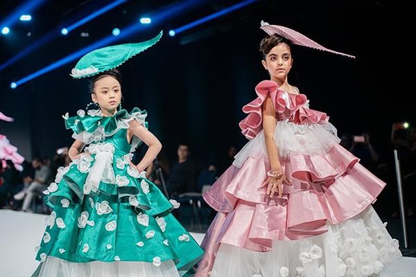 Dàn mẫu nhí Việt trên sàn diễn thời trang ở Dubai - 6