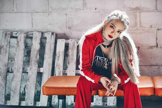 Nhận dạng idol Hàn với mái tóc xám khói - 6