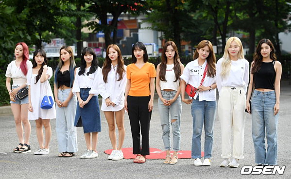 10 cô gáiWJSN.