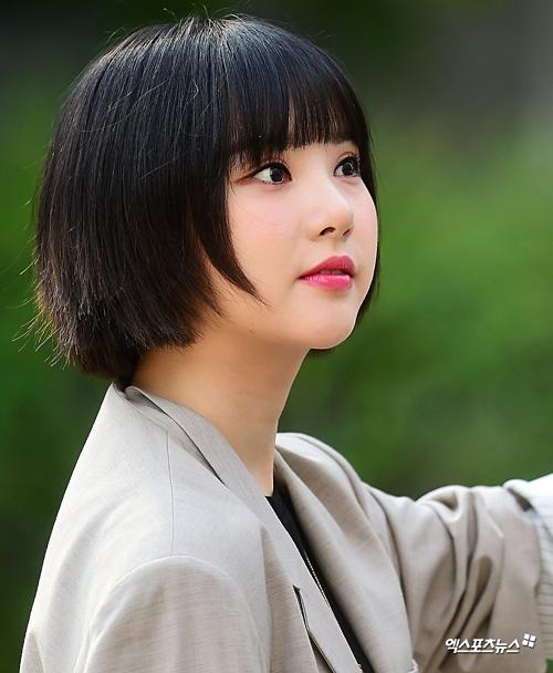 Eun Ha có gương mặt bầu bĩnh đáng yêu.
