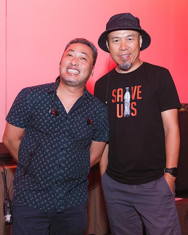<p> Tổng đạo diễn chương trình Nguyễn Quang Dũng và Giám đốc âm nhạc - nhạc sĩ Huy Tuấn.</p>