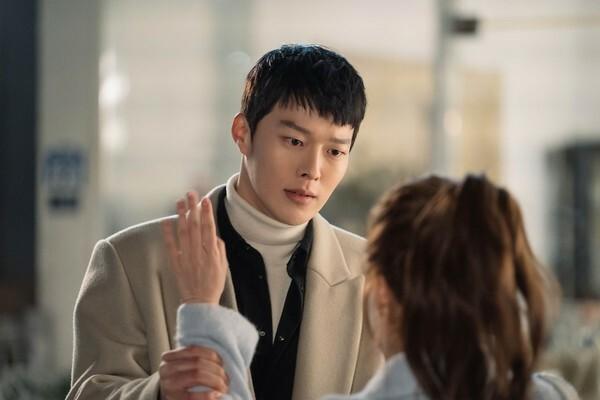 5 màn cameo chỉ lướt qua màn ảnh cũng đủ gây bão trên truyền hình Hàn - 4