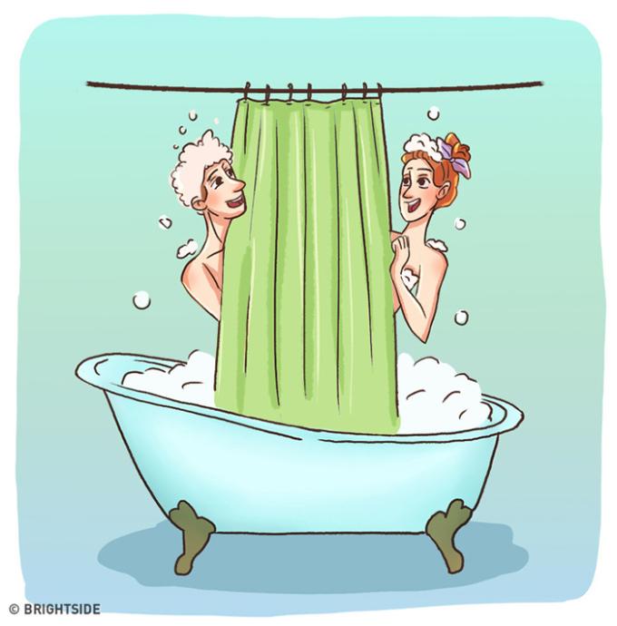 <p> Tắm cùng nhau để tiết kiệm nước và kỳ cọ cho nhau.</p>