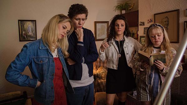 Loạt phim giáo dục giới tính tuổi teen vừa hài hước vừa nhạy cảm của Netflix - 3