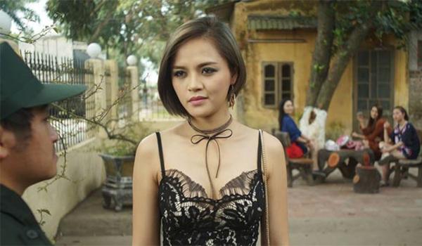 Hồi năm 2018, Thu Quỳnh gây ấn tượng khi vào vai My Sói - chân dài sexy, cá tính mạnh nhất trong dàn gái ngành của phim Quỳnh búp bê. Ngoài khả năng diễn xuất, cô còn lột tả thành công nhân vật này nhờ phong cách thời trang có đầu tư.