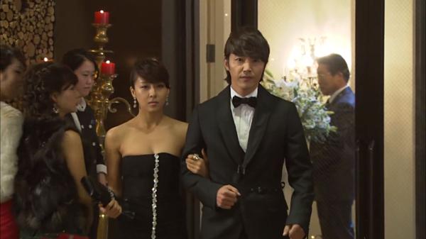 6 cặp friendzone hài hước trên màn ảnh Hàn - 3