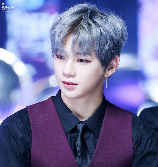 Nhận dạng idol Hàn với mái tóc xám khói (2) - 3