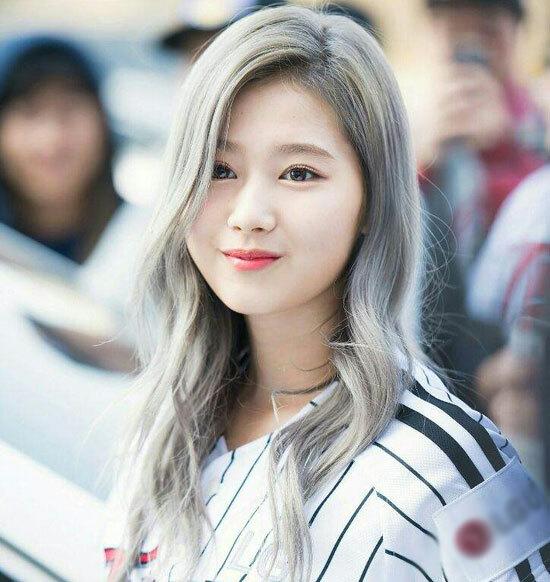 Nhận dạng idol Hàn với mái tóc xám khói (2) - 5