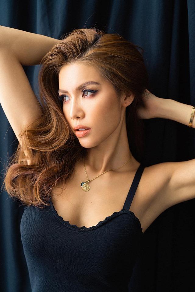 """<p> Gần đây, ngoài vai trò vedette trong các sự kiện thời trang, Minh Tú dốc hết thời gian cho bộ phim """"Hoa hậu giang hồ"""". Đây là dự án điện ảnh đầu tiên cô nhận vai nữ chính.</p>"""