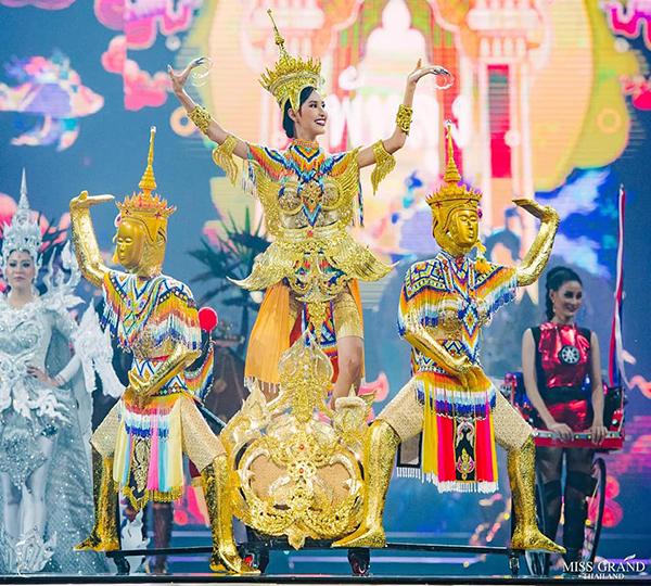 Trang phục dân tộc độc đáo của thí sinh Miss Grand Thailand 2019 - 5