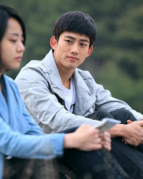 Taec Yeon với bộ phim đầu tay Cinderella's Sister.