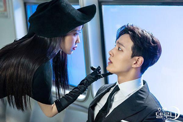 IU và đàn em Yeo Jin Goo có sự kết hợp ăn ý trên màn ảnh trong lần đầu hợp tác.
