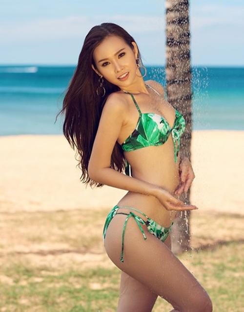 Thanh Trang cho biết Miss Universe luôn là mục tiêu của cô. Thời gian qua, cô theo đuổi phong cách gợi cảm, nổi tiếng với số đo88 – 62 – 100