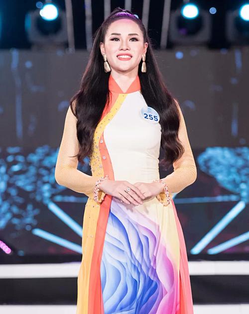 Được kỳ vọng nhưng Huyền Trang bị loại sớm ở vòng chung khảo phía Bắc Miss World Việt Nam 2019.