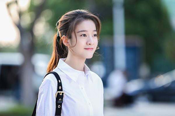 5 nhân vật nữ chính bị ghét hơn cả vai phản diện trong phim Hoa ngữ - 1