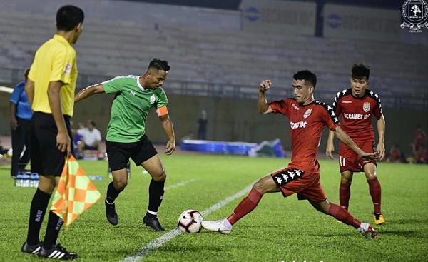Bình Dương hòa Melaka United (Malaysia) 3-3 tại trận giao hữu hôm 12/1.