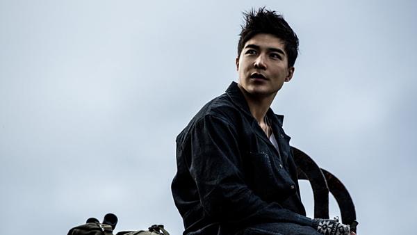 Dàn trai 6 múi vào vai siêu anh hùng Trung Quốc đầu tiên của Marvel - 7