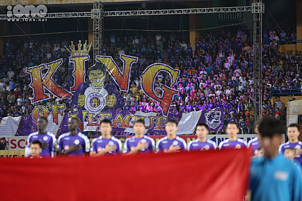 Hà Nội thị uy sức mạnh với khẩu hiệu King of V-league.
