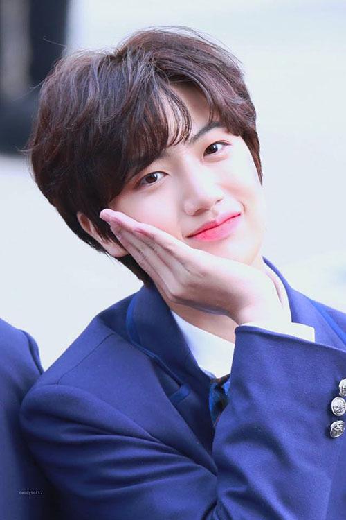 Ham Won Jin có thể đảm nhận vai trò hát chính, chất giọng cao vút, truyền cảm.