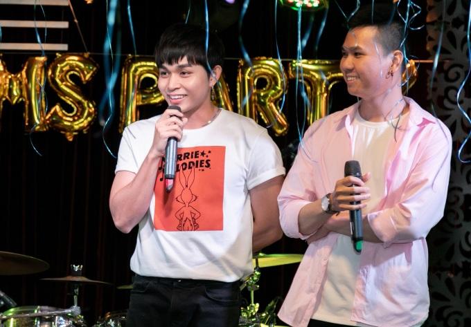 """<p> Anh chia sẻ: """"Sinh nhật năm nay có ý nghĩa đặc biệt với Jun Phạm vì là cột mốc tròn 30 tuổi. Hôm nay tôi không mời bất cứ đồng nghiệp nào đến tham dự vì muốn dành trọn vẹn khoảnh khắc này cho fan"""".</p>"""