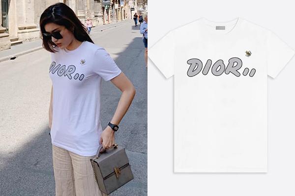 Áo phông in logo của Dior tuy trông không quá nổi bật nhưng lại là item bán cháy hàng của hãng. Huyền My sẵn sàng bỏ 590 USD (khoảng 13,6 triệu đồng) để sở hữu món đồ này.