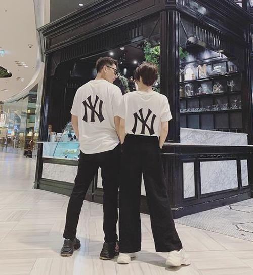 Bảo Anh và Isaac gây tò mò khi diện đồ đôi đi Thái Lan.