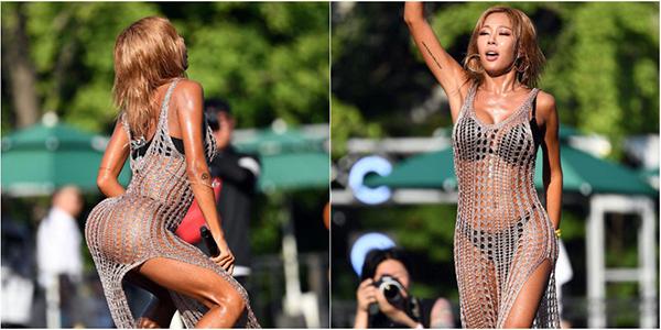 Cô ưu tiên mặc bikini để thuận tiện cho việc nhảy nhót, đi kèm là những kiểu đồ không có mấy tác dụng che chắn cơ thể.
