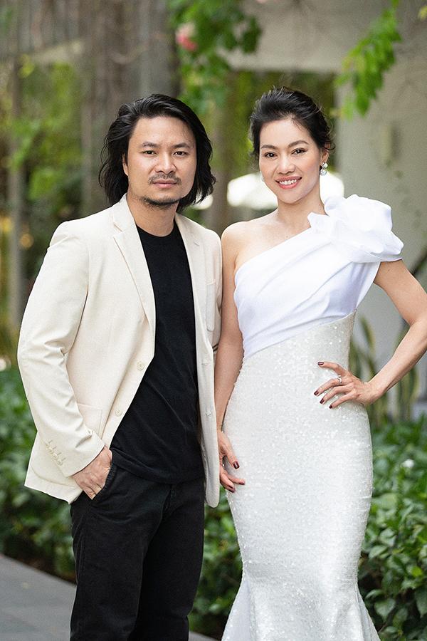 <p> Đạo diễn Hoàng Nhật Nam và trưởng BTC cuộc thi - Bà Phạm Kim Dung.</p>