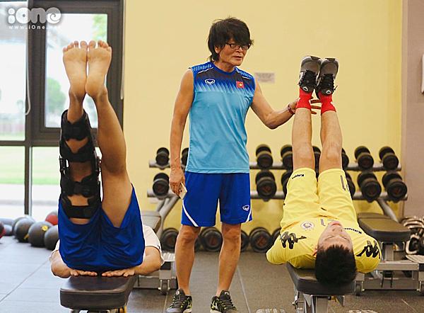 Bác sĩ Choi nỗ lực đưa Đình Trọng trở lại SEA games 2019.