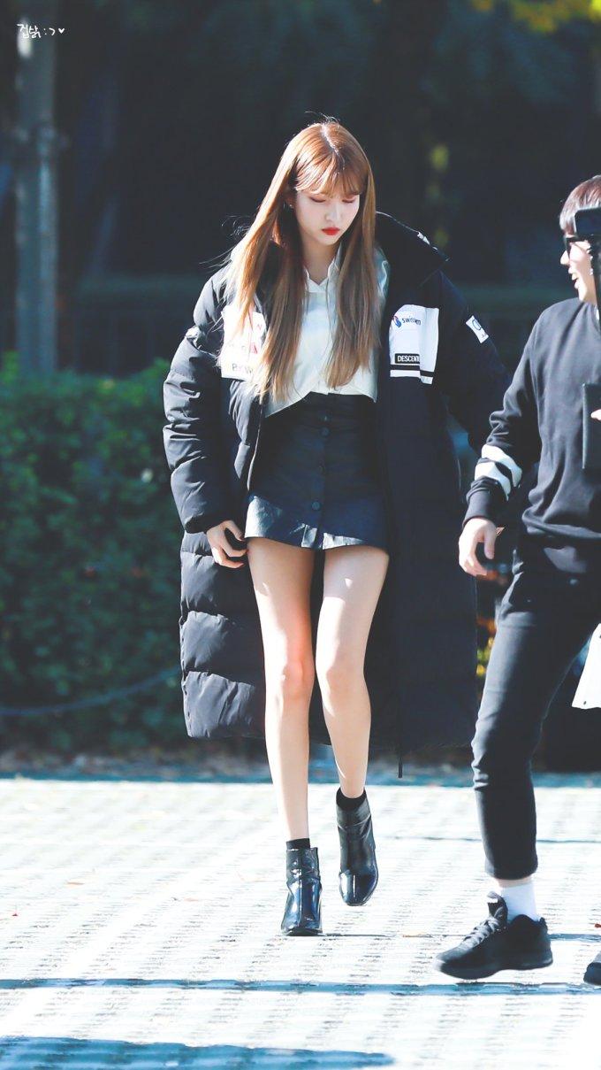 <p> Được xếp vào top idol nữ có đôi chân dài nhất Kpop, So Won (G-Friend) cũng khiến người hâm mộ trầm trồ với vòng eo siêu nhỏ. Nhiều fan cho rằng cô nên lấn sân làm người mẫu chuyên nghiệp.</p>