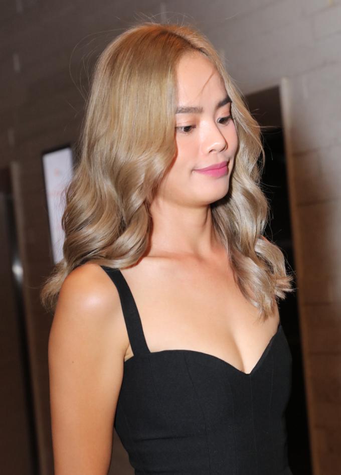 <p> Người mẫu Thu Hiền. Cô là bạn thân của Đàm Thu Trang từ khi tham gia VietNam's Next Top Model mùa đầu tiên.</p>