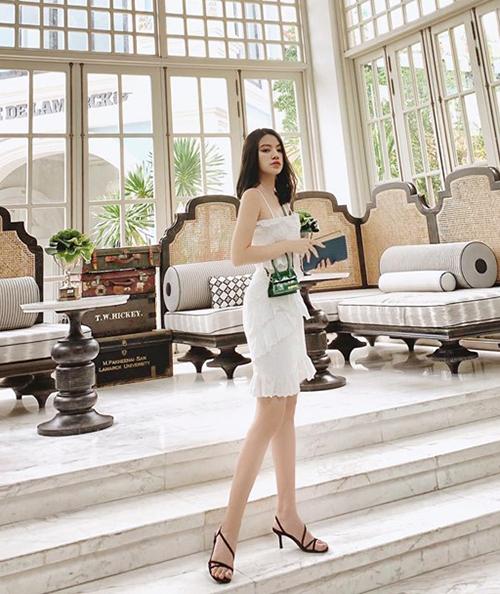 Jolie Nguyễn đi nghỉ dưỡng sang chảnh ở Phú Quốc.