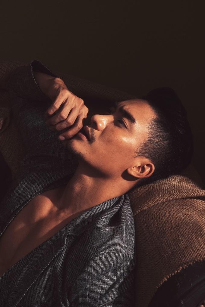 """<p> Lương Gia Huy cho biết, vì ngoại hình và phong cách đậm chất """"bad boy"""", anh bị khán giả đóng đinh với hình tượng """"trai đểu"""" hay """"sở khanh"""" khi diễn xuất.</p>"""