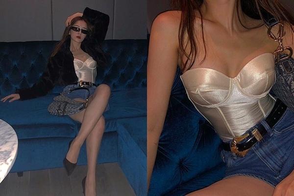 Thời trang ra phố gần đây của Chi Pu thường xuyên gắn bó với áo kiểu corset - món đồ vốn vẫn được xem là nội y, thời trang phòng ngủ.