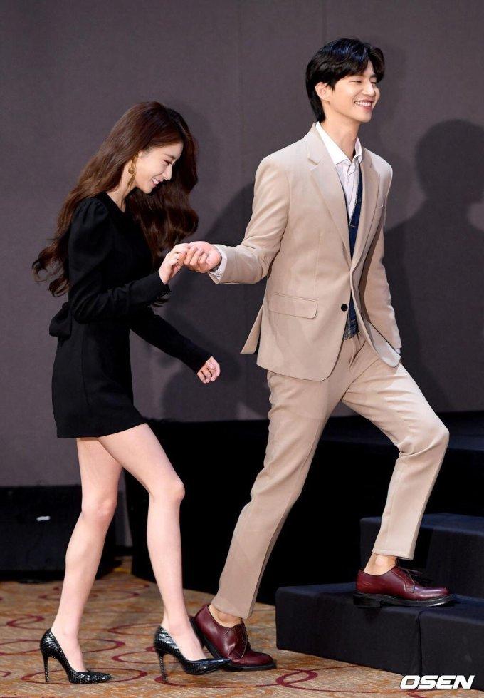 <p> Trong <em>Let Me Hear Your Song</em>, Ji Yeon và Song Jae Rim trở thành cặp đôi phụđáng trông chờ.</p>