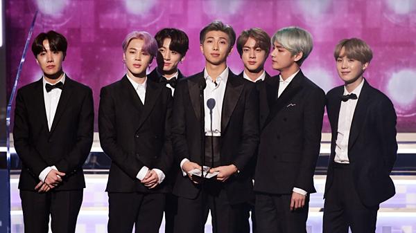 BTS và Big Bang là hai trong số những nhóm nhạc nam xuất sắc nhất lịch sử Kpop.