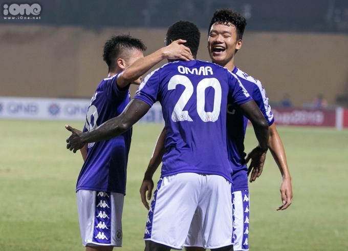<p> Chiến thắng 2-0 trước Becamex Bình Dương giúp Hà Nội FC bước lên ngôi vương của bóng đá khu vực Đông Nam Á cấp CLB.<br /> Họ sẽ có trận bán kết liên khu vực AFC Cup với Altyn Asyr (Turkmenistan).</p>