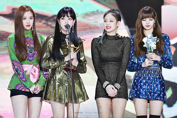 Ngày 10/1/2018, Black Pink đạt giải Digital Bonsangtại Golden Disk Awards.