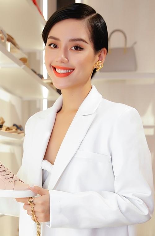 Đồng Ánh Quỳnh - Khánh Linh đọ phong cách ngọt ngào - 4