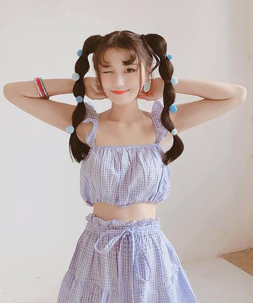 Nữ idol 10x còn tiên phong nhiều cách làm đẹp hay ho với những kiểu tóc sáng tạo, được nhiều teen girl yêu thích.