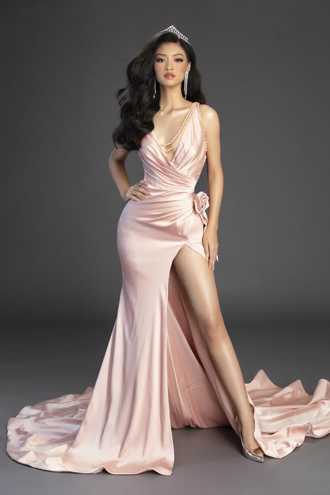 <p> Sắp tới, cô sẽ đại diện Việt Nam tham dự Miss Grand International 2019.</p>
