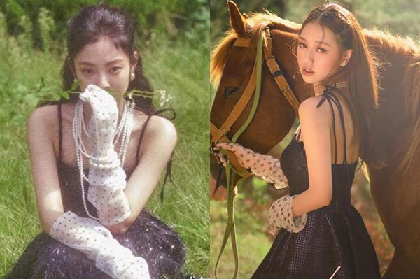 Tạo hình của Amee không chỉ giống Jennie ở chiếc váy đen hai dây buộc nơ vai mà cách mix cùng găng tay chấm bi, vòng cổ ngọc trai cũng tương đồng không kém.