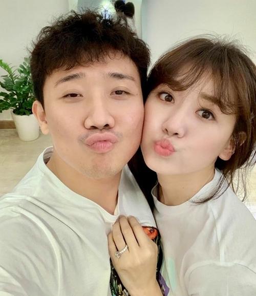 Trấn Thành - Hari Won hạnh phúc sau gần 3 năm cưới.