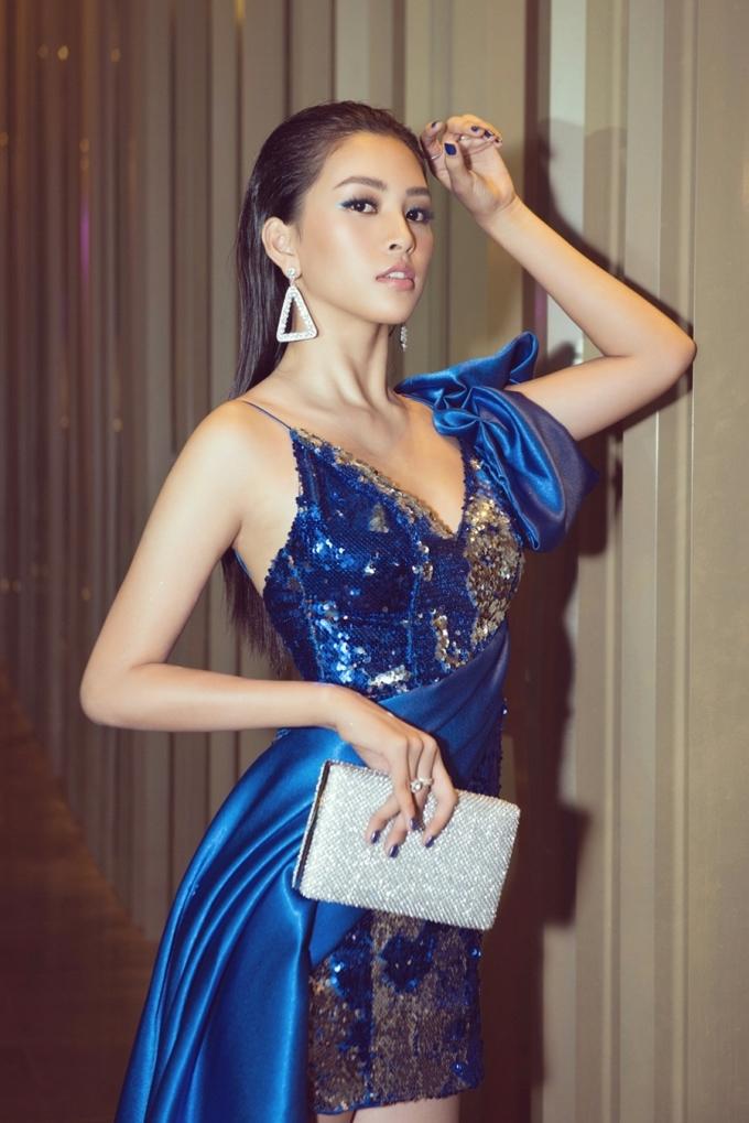 """<p> Tiểu Vy sẽ là thành viên giám khảo của cuộc thi. Đây là lần thứ hai cô gái 19 tuổi được mời ngồi vị trí """"cầm cân nảy mực"""" cuộc thi về nhan sắc.</p>"""